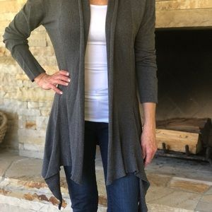 Sweaters - Grey cotton shrug